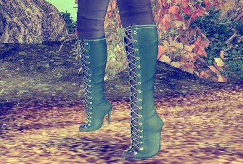Slipper Originals: Neve Boots.